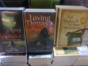 Review Novel Loving Denaya - Kisah Manis Orang Tua Tunggal